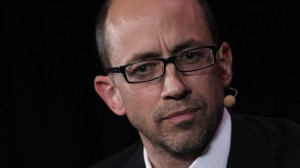 """Twitter's CEO Dick Costolo is in talks with NBCU and Comcast for the new """"See It"""" feature."""